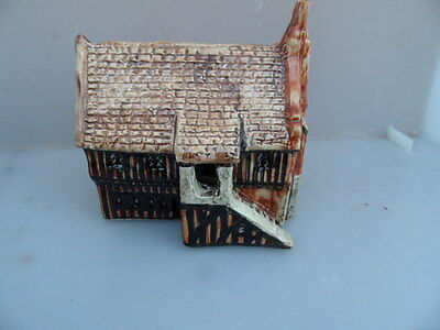 Sulley's of Suffolk Miniature  Pottery House         See Photos
