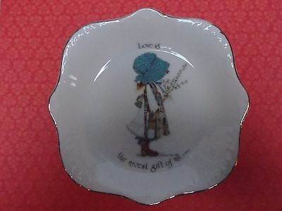 "Vintage Holly Hobbie 1970s Blue ""Love is the Nicest Gift of All"" 17cm Bowl/Plate"