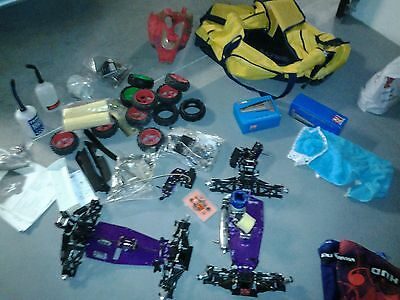 buggy 1/8 ATHLETE MUGEN + 1 SECOND NEUF+ LOT PIECES