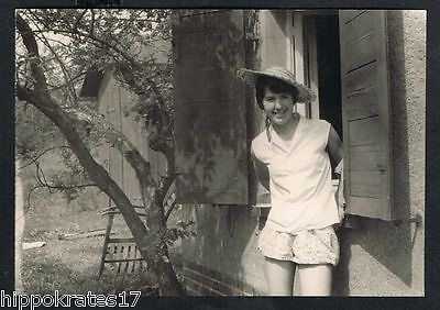 FOTO vintage PHOTO, Frau Dame Hut shorts Mode woman fashion femme (92)