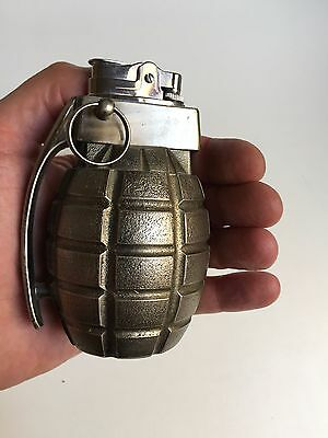Briquet table gaz GRENADE ancien vintage gas lighter war replica accendino retro