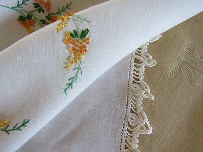 "Antique Vtg Embroidered FRENCH KNOTS LInen Tablecloth 50x52""  Crochet Lace Edge"