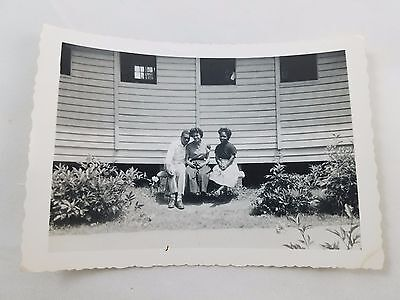 1955 Snapshot Photograph African-American Man and Two Ladies Black & White S01