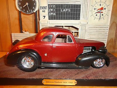 AMT Revell '40 Chevy Coupe Pro Street 427 SS Big Block 1/25 Built Model Diorama