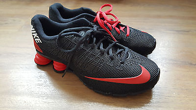 Nike mans shoes shox size 7.5 new