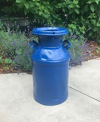 Great 5 Gallon Antiqued Blue Milk Can