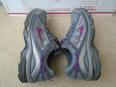 Women's Nike Trail Ride gray/purple running shoes size 11