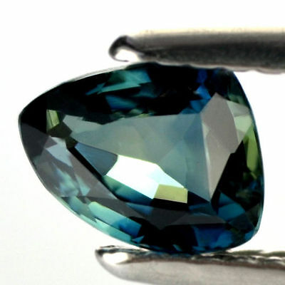 Certified Natural Teal Sapphire IF Clarity 1.00ct Flawless Madagascar Trillion