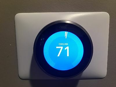 NEST LEARNING THERMOSTAT Model (A0013) 3rd Generation
