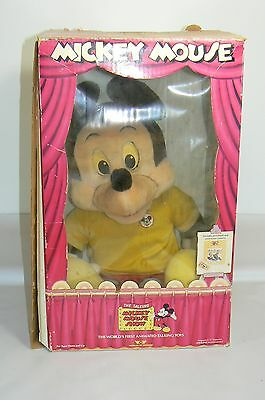 Vintage Worlds of Wonder Talking Mickey Mouse with box Cassette Player & 1 Tape