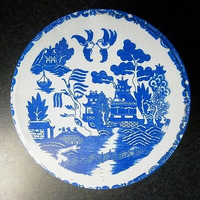 Vintage Kitchen Classic Blue & White Willow Pattern Cake / Biscuit Tin