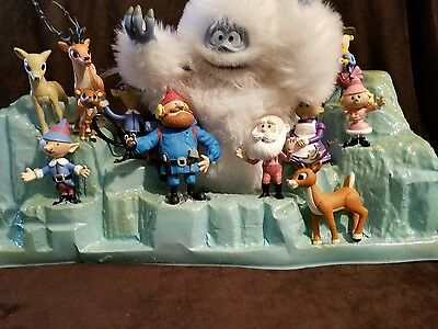 Rudolph the Red Nosed Reindeer-Humble Bumble & Friends 12 figures original box!