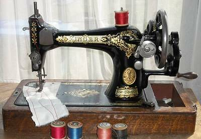 Working Antique Singer 28k Portable Hand-Cranked Sewing Machine From 1916