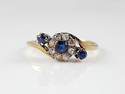 Antique George V 18Ct Yellow Gold Sapphire & Diamond Crossover Ring 1911