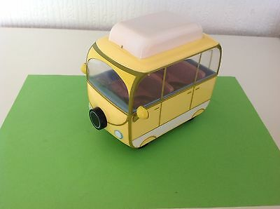 PEPPA PIG SMALL CAMPING CAR with one peppa figurine.