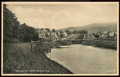 Vintage Postcard The Locks Fort Augustus Unused Ref: KA220