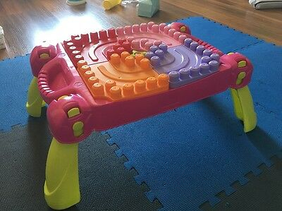 Mega Bloks Play&Go Table Pink