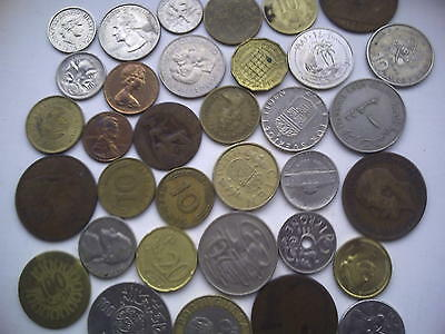 World Coins: Nearly 2 Kgs of Charity accumulation.