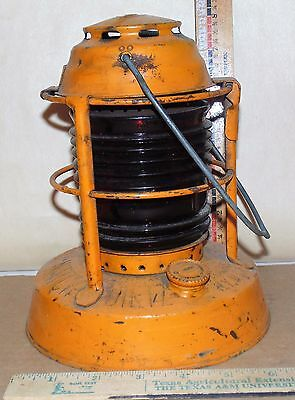 Vintage DIETZ SYRACUSE NY RR NIGHT WATCH OIL LANTERN LAMP RED LENS