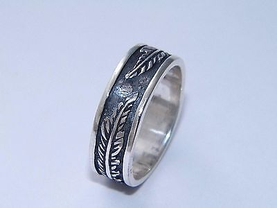 Wonderful Art Massive 925 Sterling Silver With Feather Design Spinner Ring