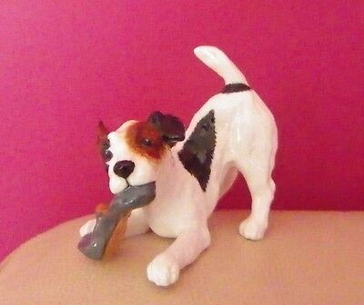 Royal Doulton - Character Dog With Slipper Hn 2654 - Perfect !!