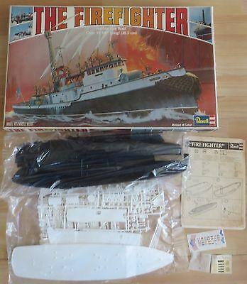 INNEN OVP: REVELL The Firefighter! Harbor Fire Boat H-5200!! Mit Decalls