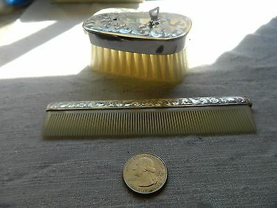 VINTAGE SILVERPLATED BABY BRUSH music box with COMB SET Mark:  West Germany