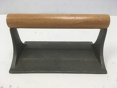 Vintage Cast Iron Metal Wood Handle Pig Design Heavy-Duty Bacon Press Cookware
