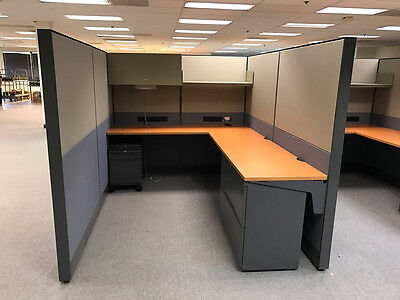 Teknion 6'x8′ Cubicles