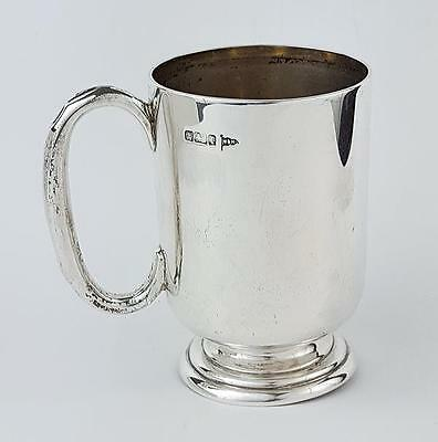 Edwardian STERLING SILVER CHRISTENING MUG Sheffield 1903 WALKER & HALL