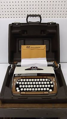 Vintage Smith Corona Classic 12 Typewriter With Carry Case And Owners Manual