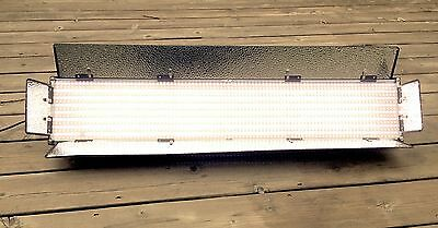 Ikan 1500B Dimmable Dual/Bi-Color LED Light w/ DMX Control - 3 feet Wide!