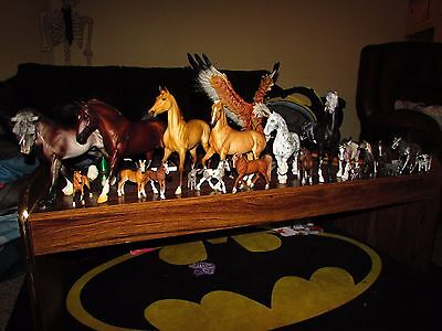 Huge model horse lot for collector/customizer. Breyer,schleich, bodies and more