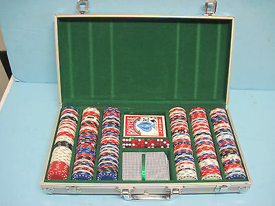 Casino Aluminum Poker Chips Case Holder 300 Count With Dice, Cards, and Chips