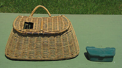 "Beautiful WICKER FISHING CREEL  ""Shoulder Strap & Worm Box"" MINT!"