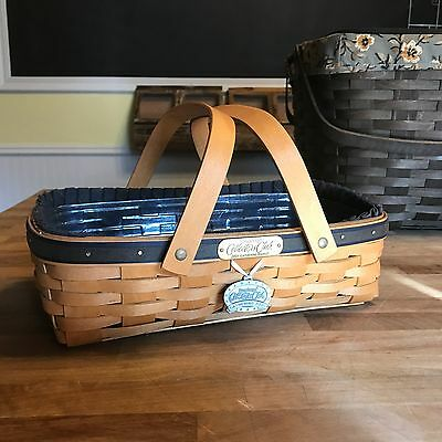 LONGABERGER - 2001 Collectors Club Gathering Basket - Liner and protector
