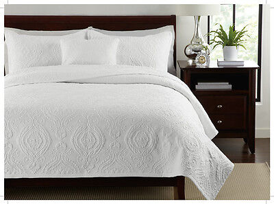 100% cotton Solid fine stitched embroidery 3pc  bedspread Queen set
