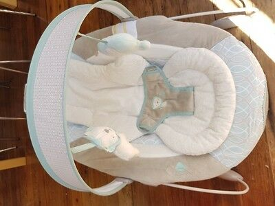 Ingenuity SmartBounce Automatic Baby Bouncer