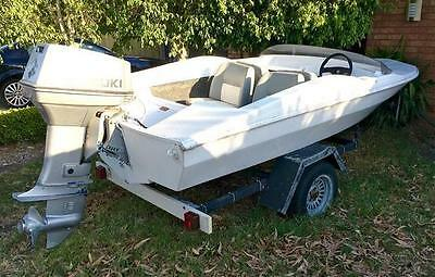 Chris Craft Runabout Boat 4 Seater Suzuki 65HP Outboard & Trailer