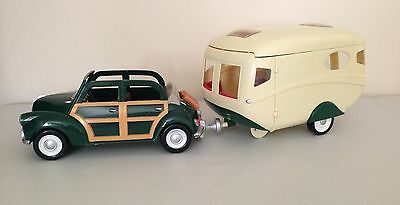 Sylvanian Families Green Car and Caravan With Tow Bar Lovely Condition