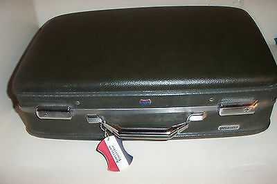 VTG AMERICAN TOURISTER SUITCASE LUGGAGE HARDSIDE 22x14 Olive Carry on TAG + KEY