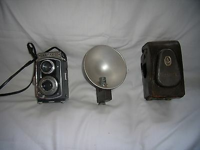 Vintage Antique Graflex 22 Model 200 Camera with Leather Case and Flash