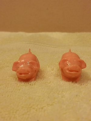 Little Magneto Magnetic Kissing Pigs Made in Germany  Mid 1970's