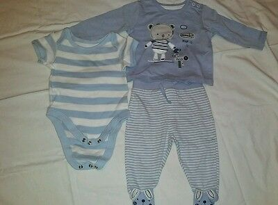 Boys blue outfit bundle M&S and TU size upto 3 months vgc