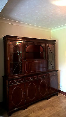 Antique reproduction Living room Cabinet and Corner Unit
