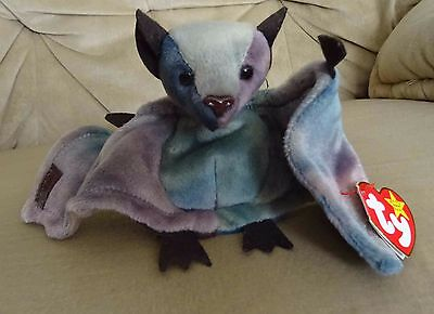 TY Beanie Baby - Retired - Batty the Bat - with tags - Made in China