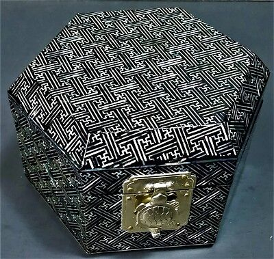 Japanese Lacquer Jewelry/Ring Box-Mother of Pearl Inlay-Red Velvet Lined-Vintage