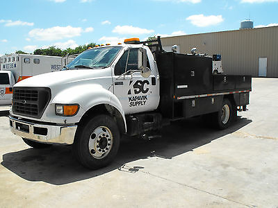 2002 Ford F650 Service Truck