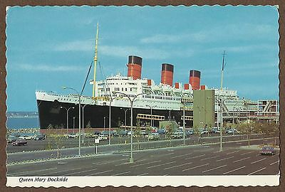 1970s POSTCARD OF RMS QUEEN MARY IN LONG BEACH