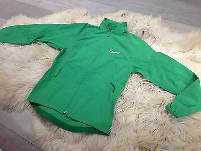 Berghaus Softshell Coat Jacket in Green Womens Ladies Size 12 NEW